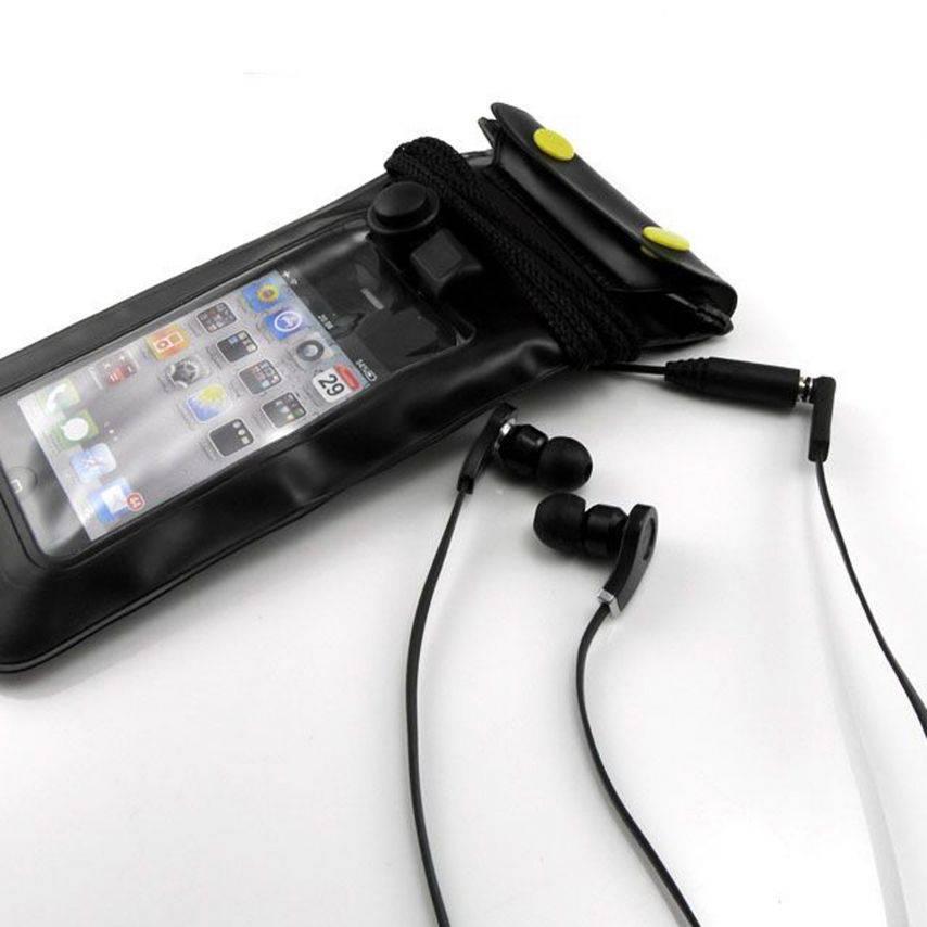 Visuel unique de Housse étanche + prise écouteurs iPhone 3G / iPhone 4 / 4S Noir