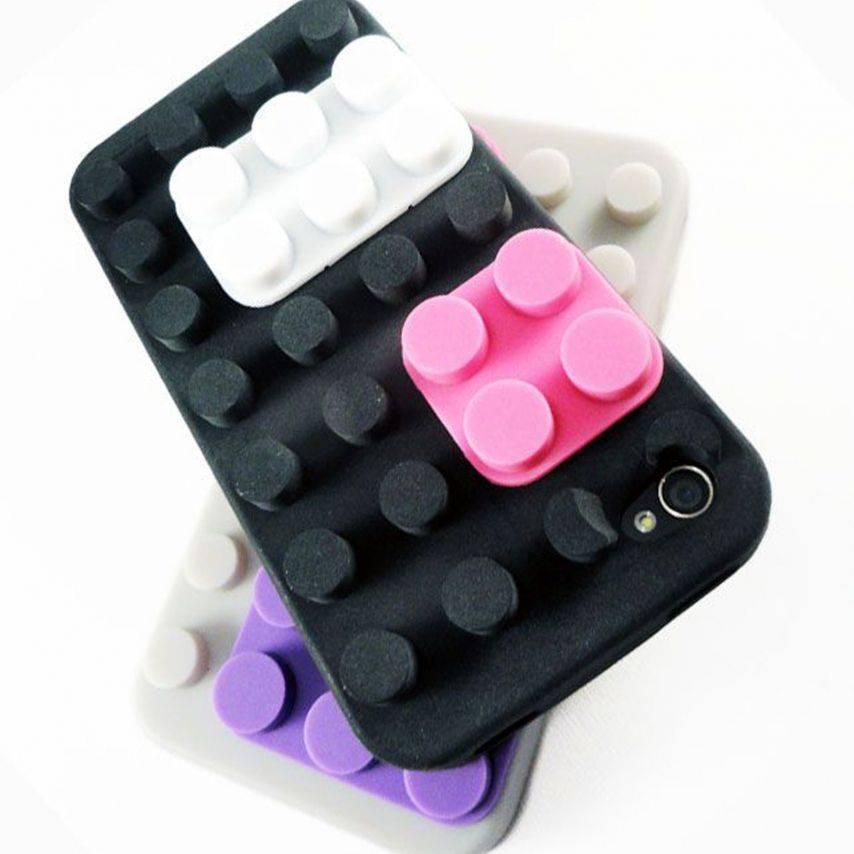 """Photo réelle de Coque Blocs Design """"LEGO"""" Noire iPhone 4s / 4"""